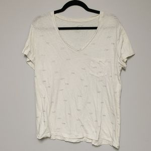 Universal Threads v neck shirt